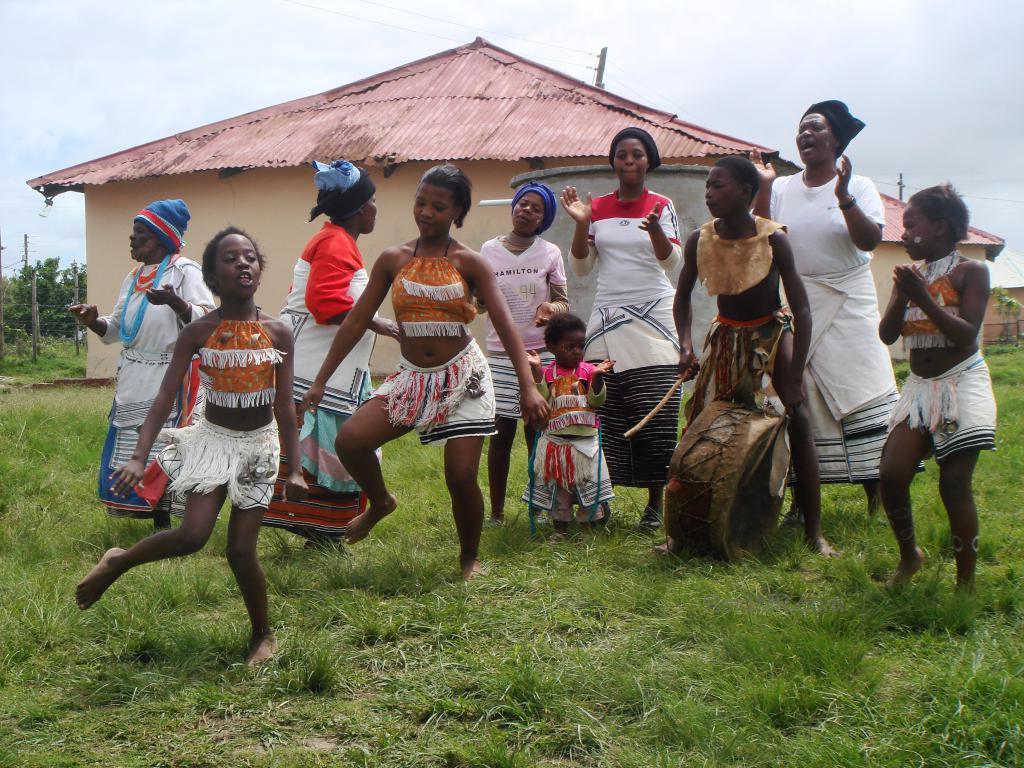 Village Dance, nine dancers